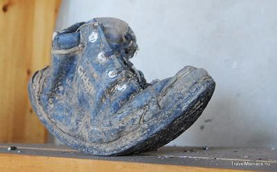 Rwanda, Murambi. Een schoen verteld een verhaal.